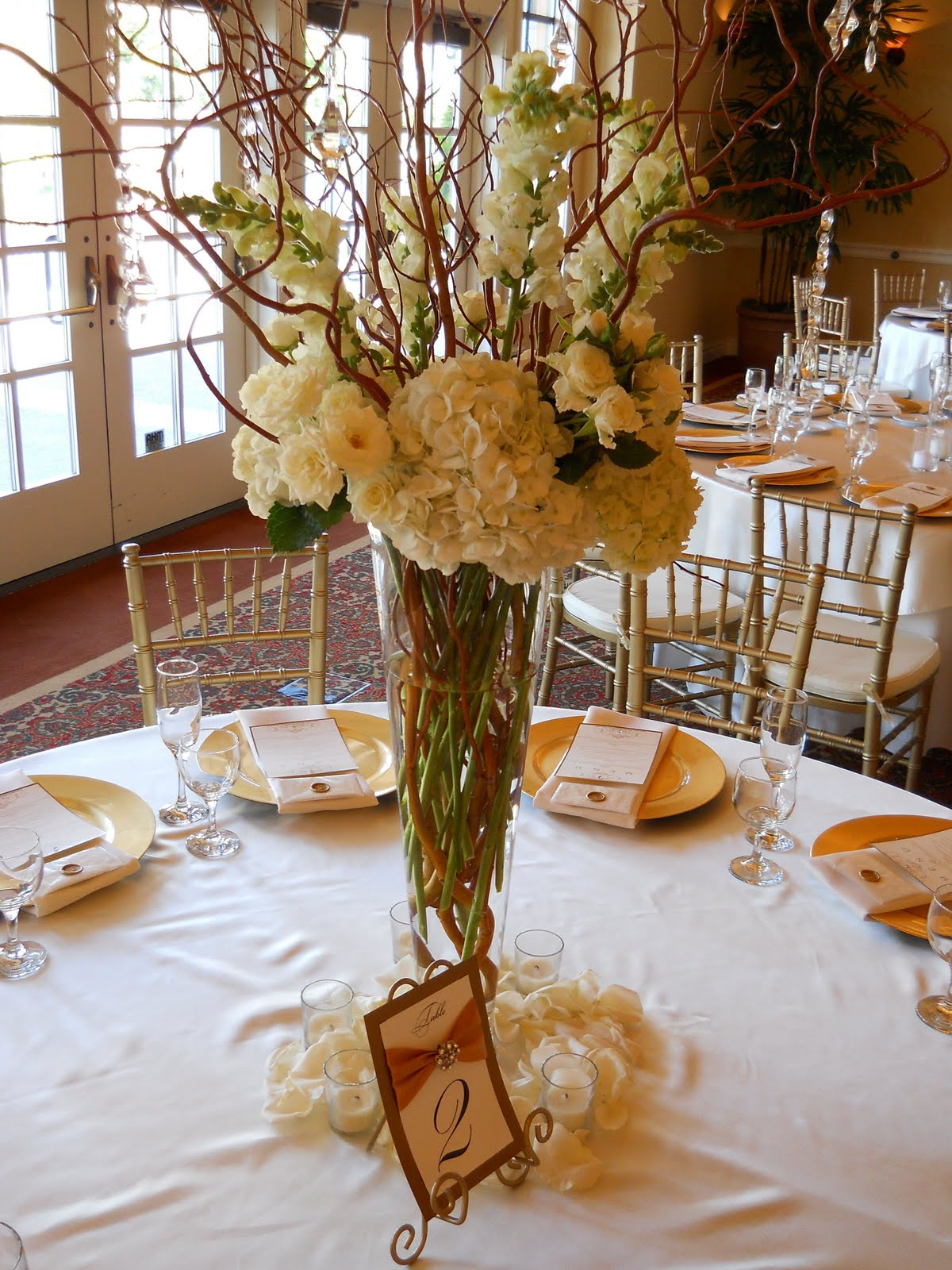 wedding centerpieces tall wedding centerpieces 69 best images about Wedding Centerpieces on Pinterest Willow branches Centerpieces and Hydrangeas