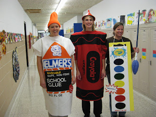 The early learning teacher and associates always come up with the most clever costumes. Each of them made their own costumes. Emily Stelling (Elmeru0027s glue) ...  sc 1 st  Everyday Living & Everyday Living: Clever Halloween Costumes at Elementary School