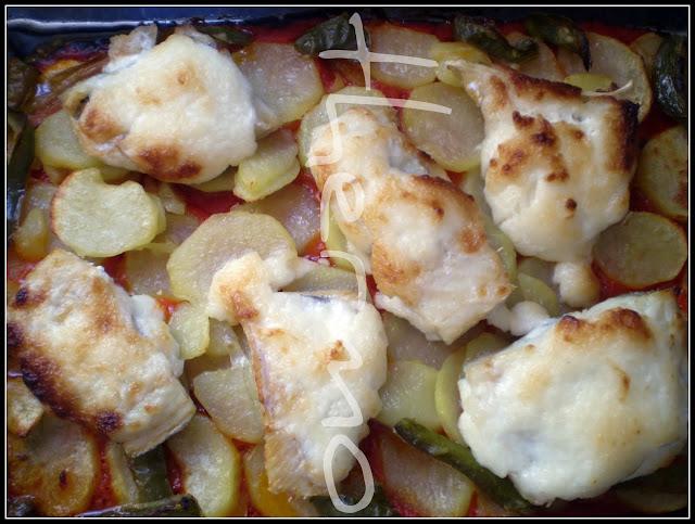 Bacalao con tomate y patatas panadera hecho con thermomix