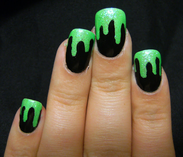 Flourescent fingernail fetish