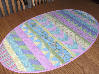 Quilted Table Runner Patterns Christmas Free Quilt Patterns