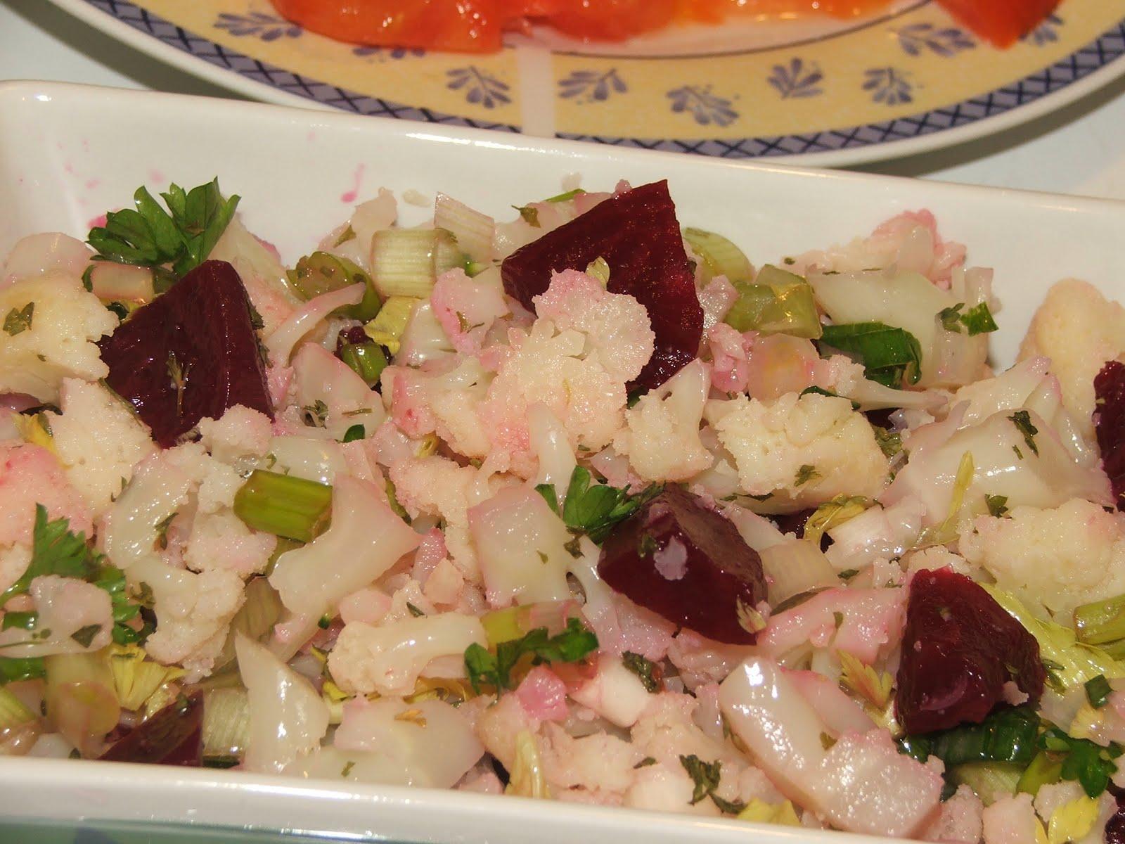 Çiğ Karnıbahar Salatası