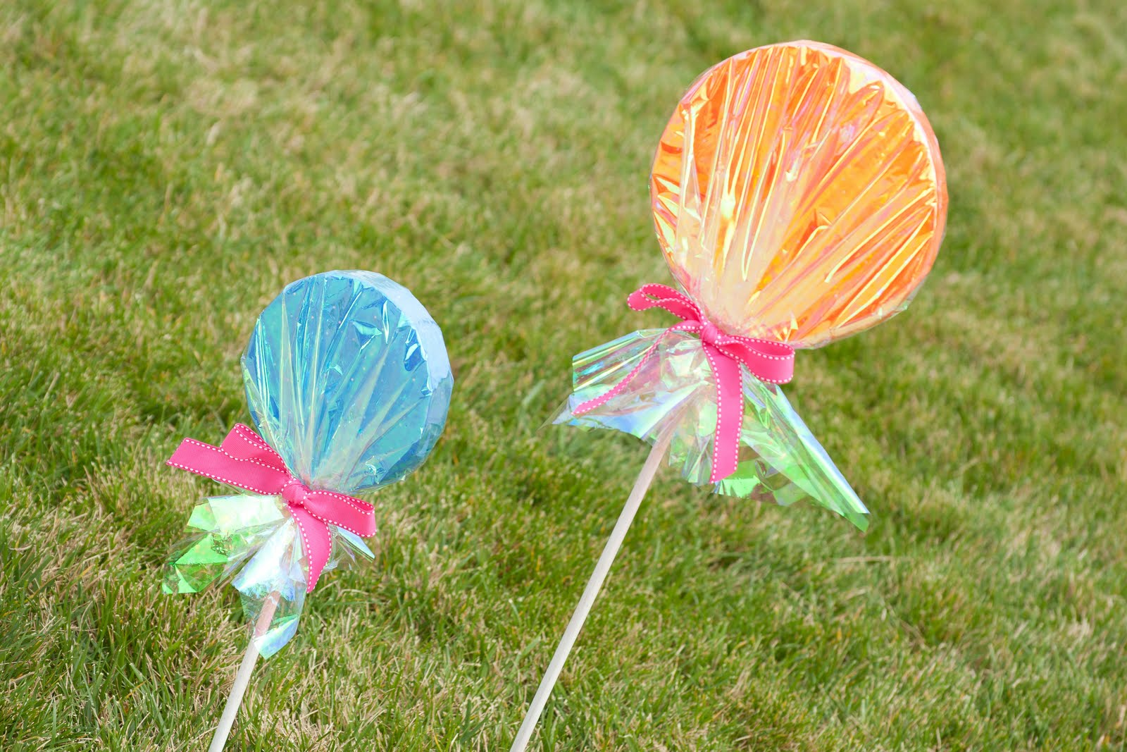 {How-to} Make Giant Lollipop Decorations – Glorious Treats