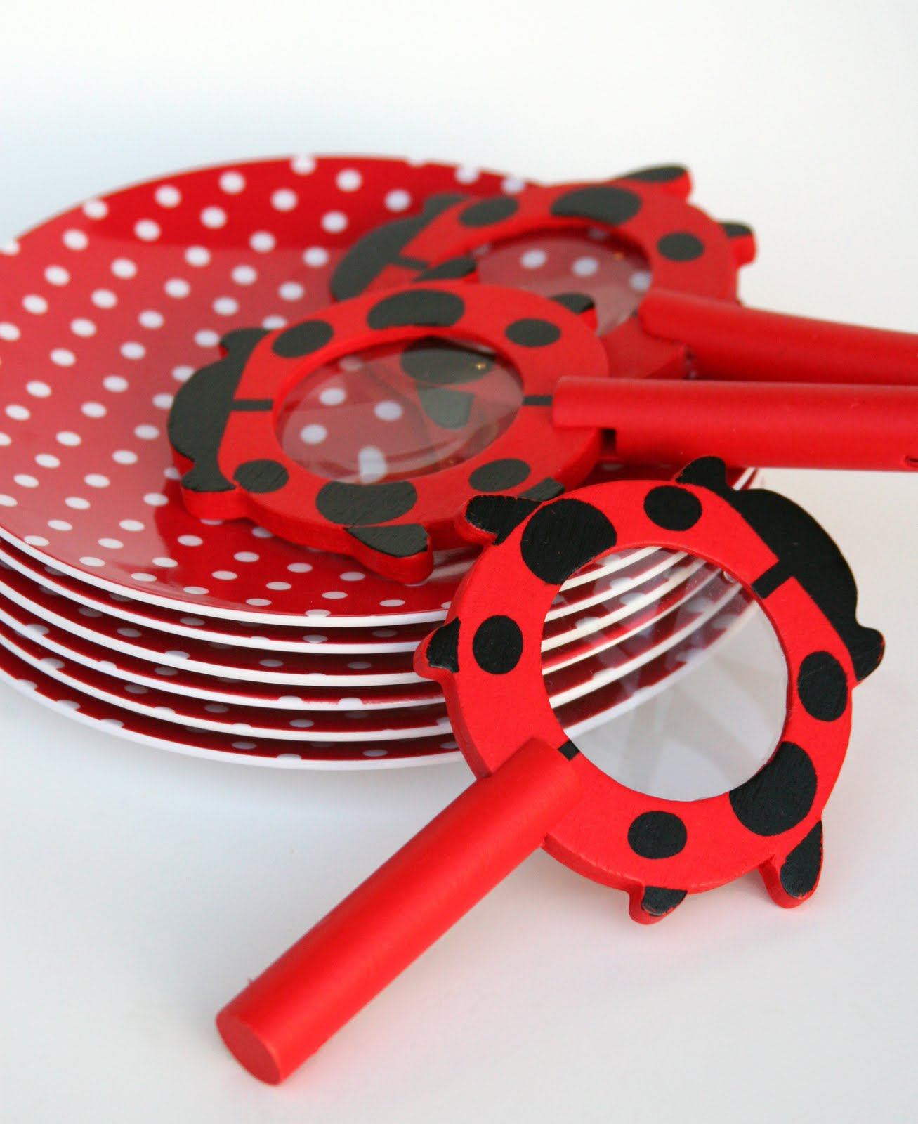 Polka Dot Plastic Plates & Hot Pink And White Polka Dot