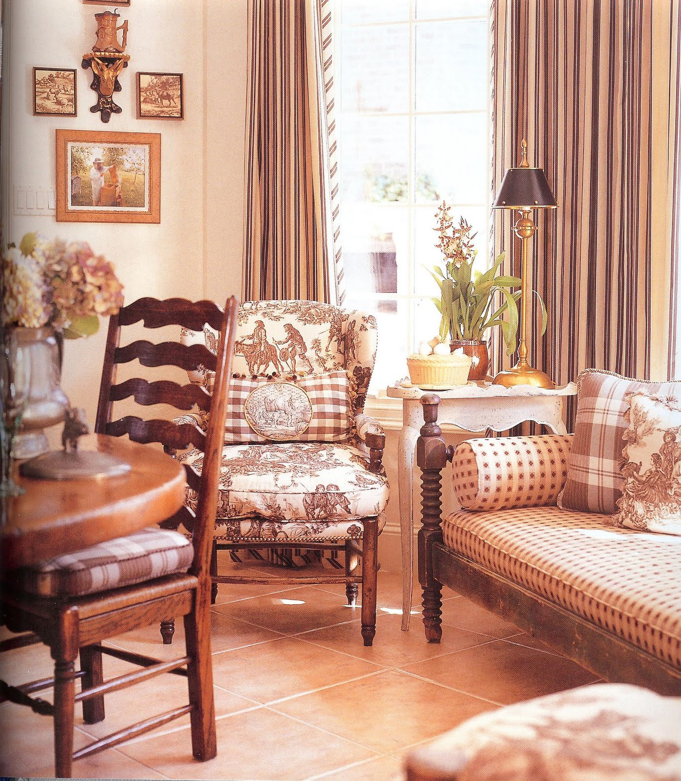 Small Country Dining Room Ideas: NINE + SIXTEEN: Dining Room Inspiration