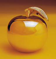 The Rotten Apple in My Life actually Turned Out to be a Real Golden Apple!