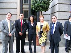 Con la Ministra de Educación Mercedes Cabrera
