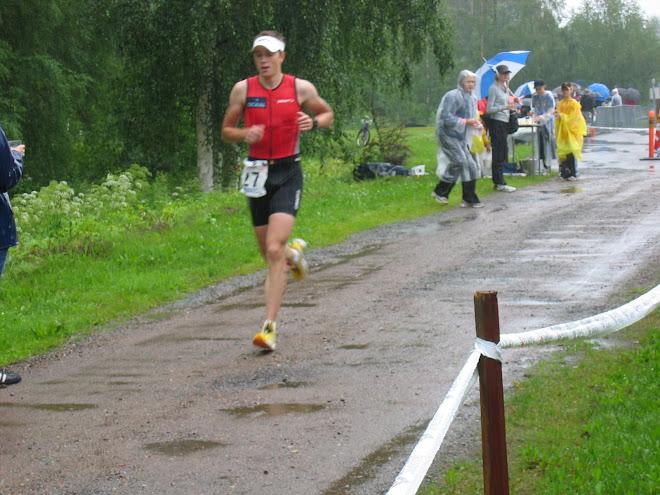 Hölkällä Joroisten SM triathlonissa
