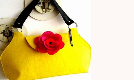 flor t amarilla