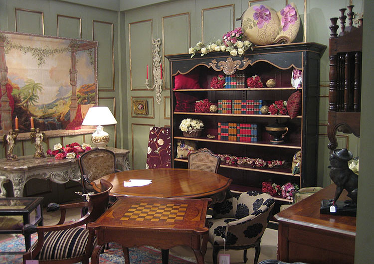 Success Story Of Classic Furniture Retail Shop Store