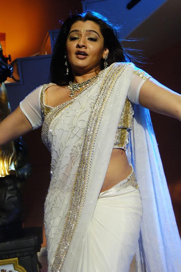 Aarthi Agarwal Hot