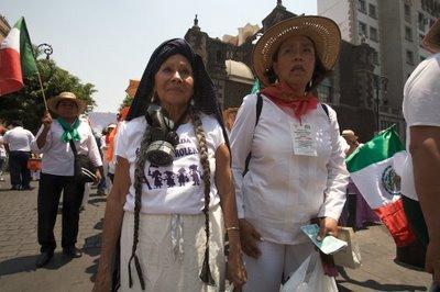 """Las """"Adelitas"""" iniciando la RCP, 10 de abril de 2008"""