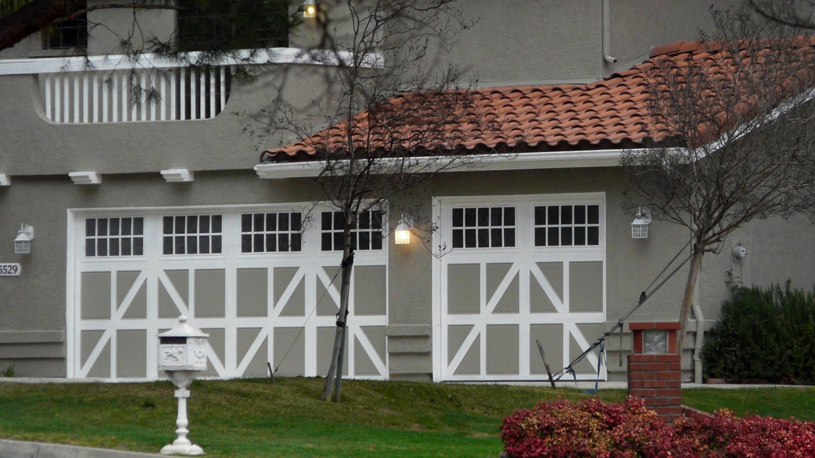 exterior paint colors for red tile roof o2 pilates