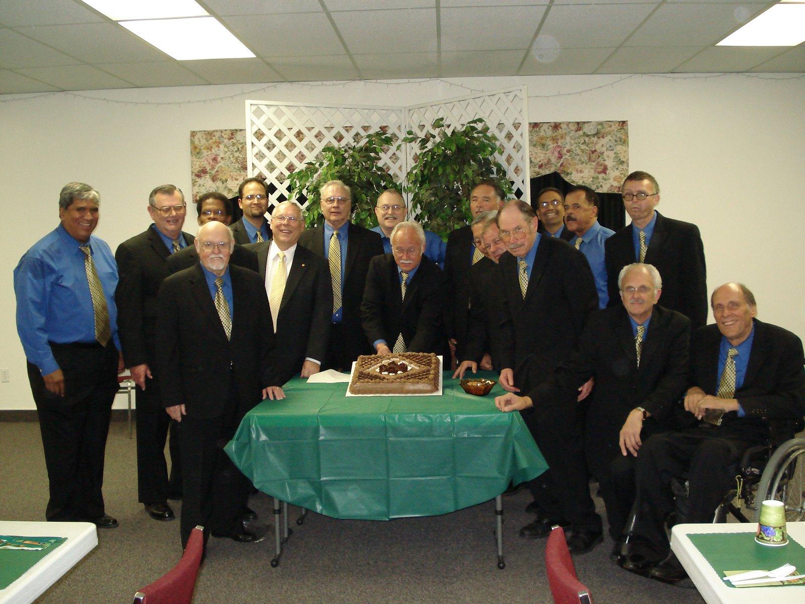 [HV+Group+Cake+Photo+at+Arden+Hills.jpg]