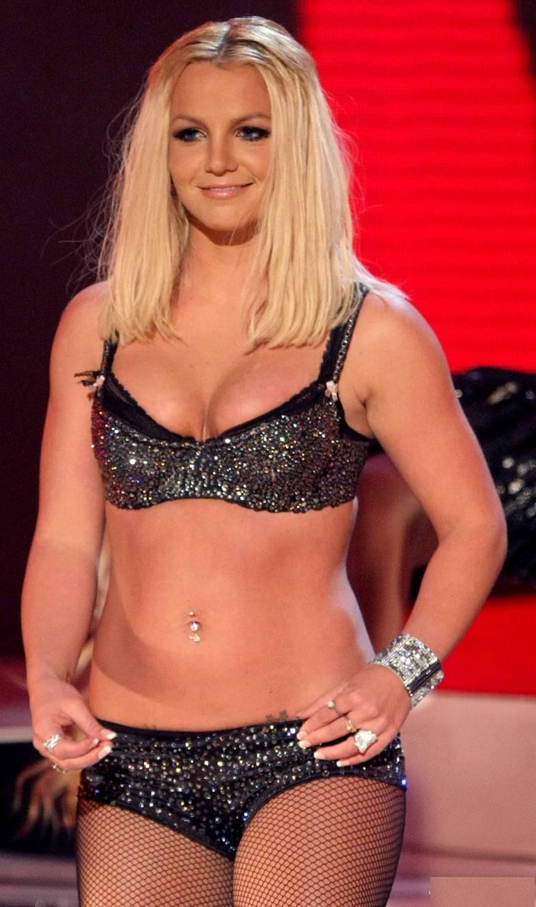 Britney Spears hot pics images wallpapers