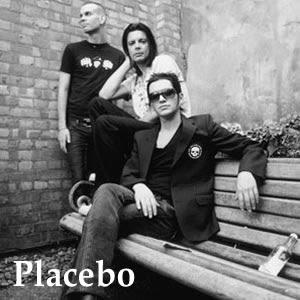 Лидер Placebo напал на репортера