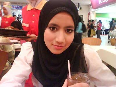 Awek Melayu Cun Comel   Seksi   Asian Girls: Noor Hafizah
