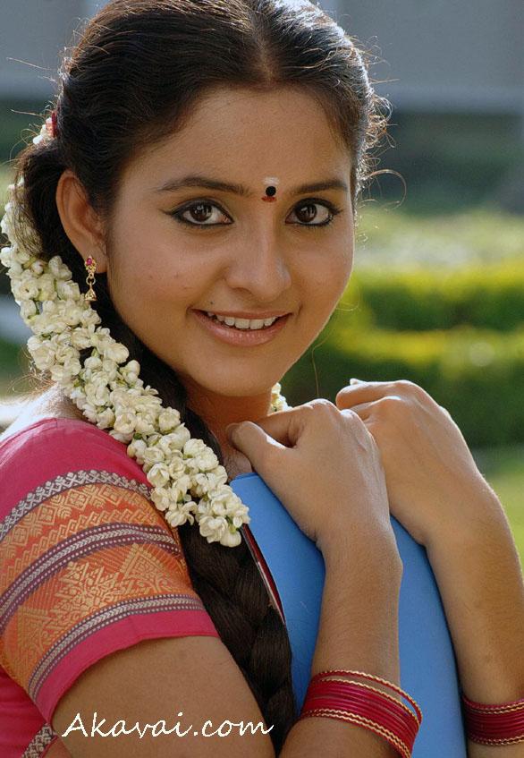 Bhama Hd Wallpaper Latest Cinema News Malayalam Actress Lakshana Hot And