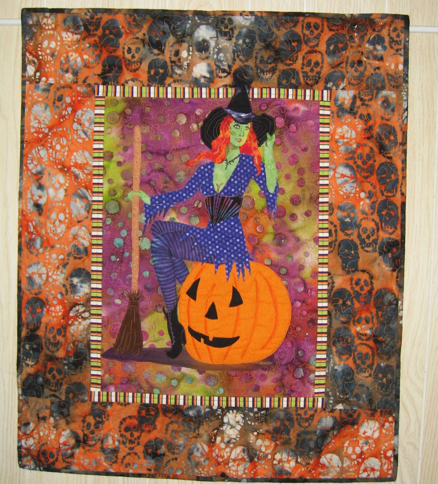 Artsy Chick Quilts Halloween Pin Up Witch