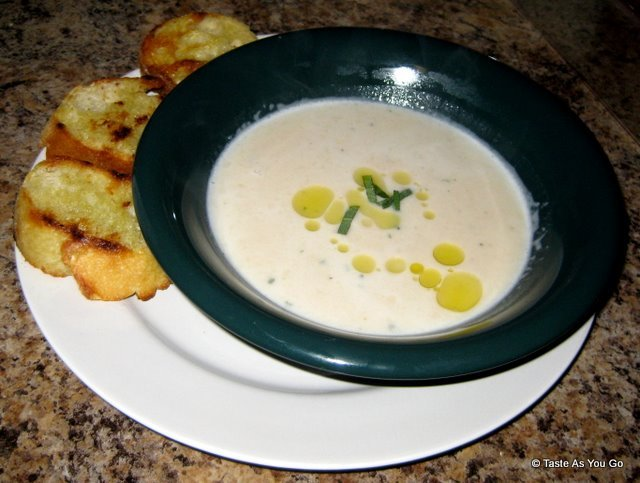 Tuscan White Bean Soup | Taste As You Go