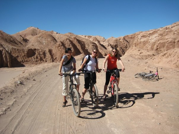 Three Chicas on Bikes