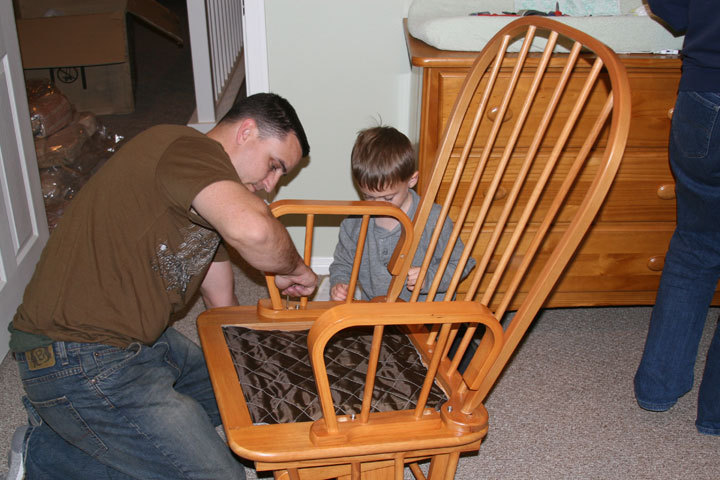 [dave-and-cade-build-a-chair.jpg]