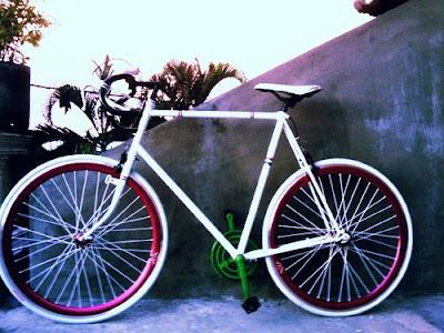 """FKPSU: membuat sepeda """"fixie"""" dengan biaya yang sangat murah."""