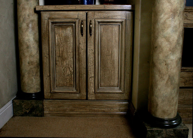 Column base and crackle cabinet