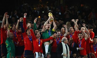 Iniesta Bawa Spanyol Juara Piala dunia 2010 - Contoh Soal ...