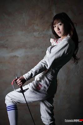 [Nam-Eun-Ju-Fencing-08.jpg]