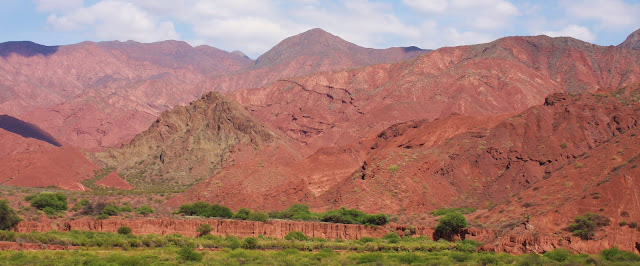 Visitar a QUEBRADA DE CAFAYATE ou Quebrada das conchas, como lhe chamam | Argentina