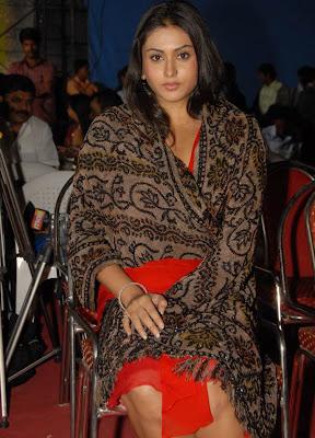 Jagan Mohini Namitha in Red Dress, Glamorous Namitha Nval and Blouse show