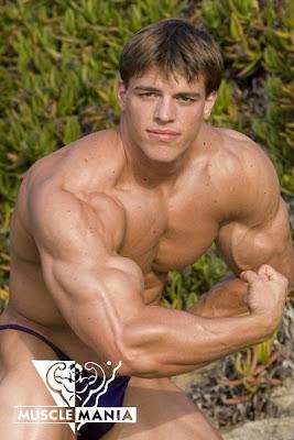 male bodybuilders porn Nude