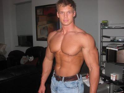 Teen Bodybuilder Blond 48