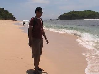 7 Foto Pantai Sadranan Di Gunung Kidul Jogja, Ini Rute Jalan Menuju Lokasi Dan Harga Tiket-nya