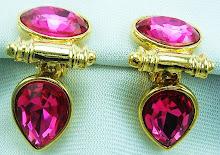 Shocking Pink Est Tres Romantique!