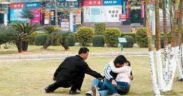 Foto Aksi Pencopet Di China Yang Terpotret Kamera - 6