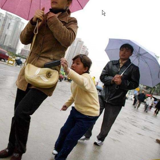 Foto Aksi Pencopet Di China Yang Terpotret Kamera - 1