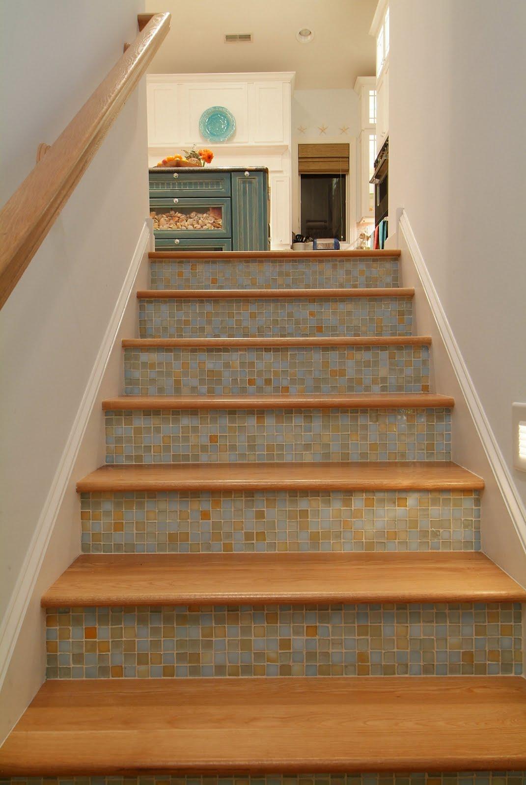 Lighting Basement Washroom Stairs: Low Tide High Style: Brooke Steuart