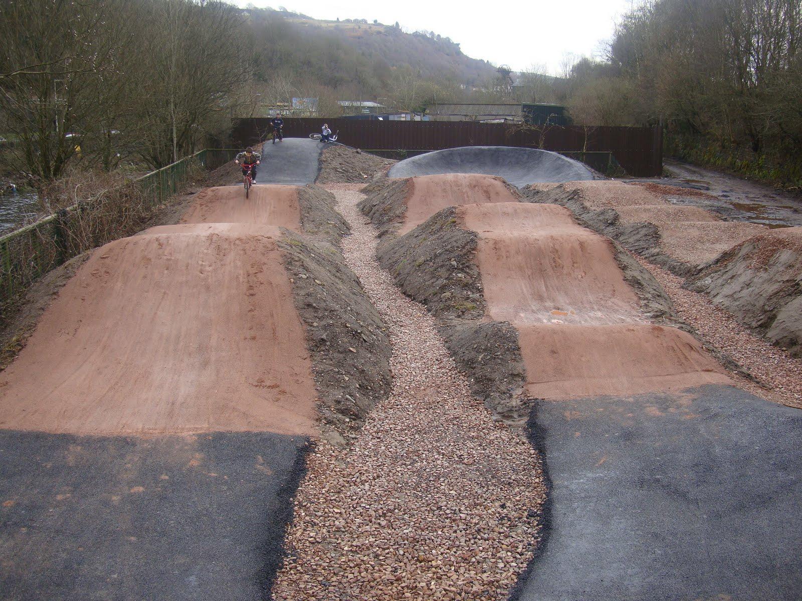 Pump track build - BMXmuseum.com Forums