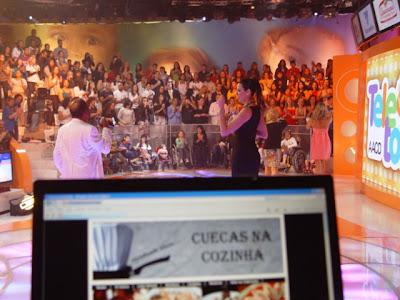 Martinho+da+Vila+faz+todo+mundo+cair+no+samba - >Teleton 2009 no Twitter