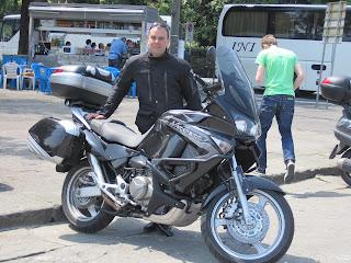 Había que dejar constancia de que íbamos en moto