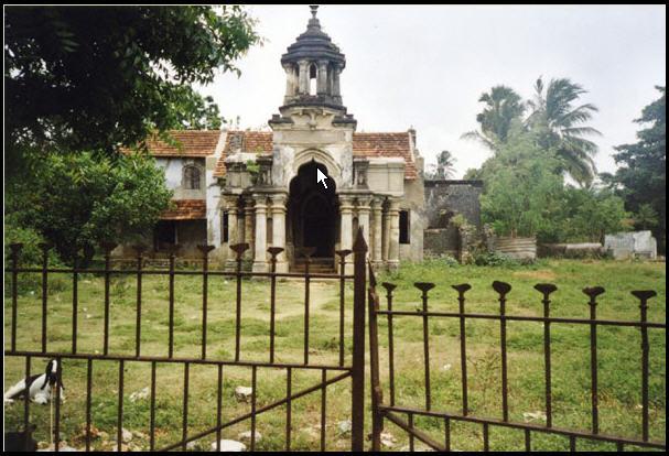 [jaffna-palace.jpg]