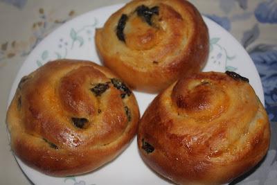 Rileks sekejap...: Prune and Custard Snail Bread