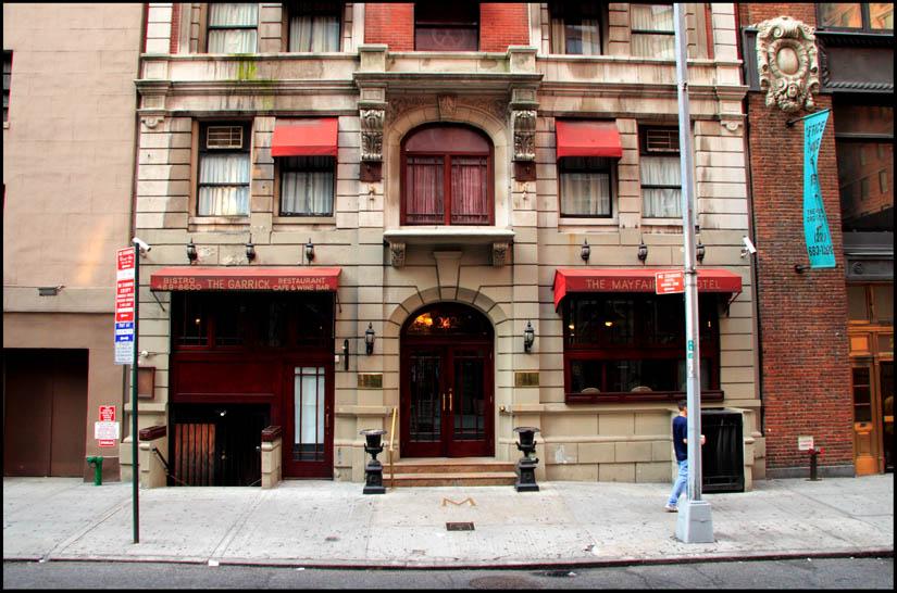 [Mayfair+Hotel+September+2007.jpg]