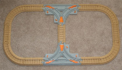 Figure 8 track layout using T-track pieces