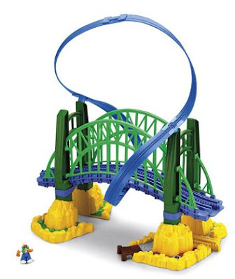 GeoTrax Fly-by Bridge with GeoAir Expansion Tracks