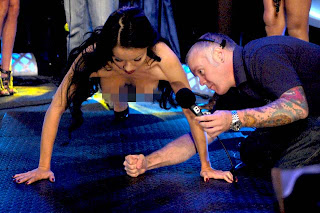 Howard Stern World S Strongest Naked Woman 11
