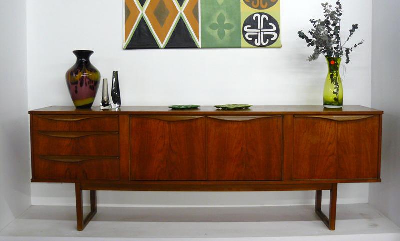 10 retro modern chair design – comfortable and stylish ...   Retro Modern Recliners