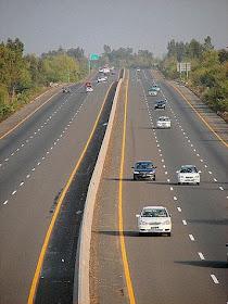 Haq's Musings: Pakistan's Infrastructure and M2 Motorway